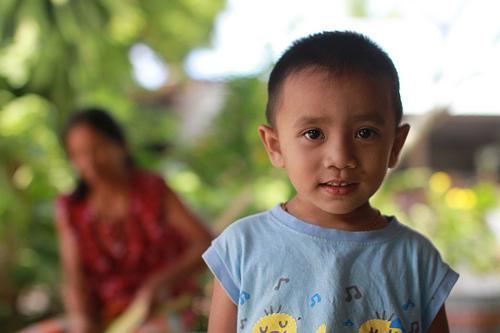 アジア系の子ども