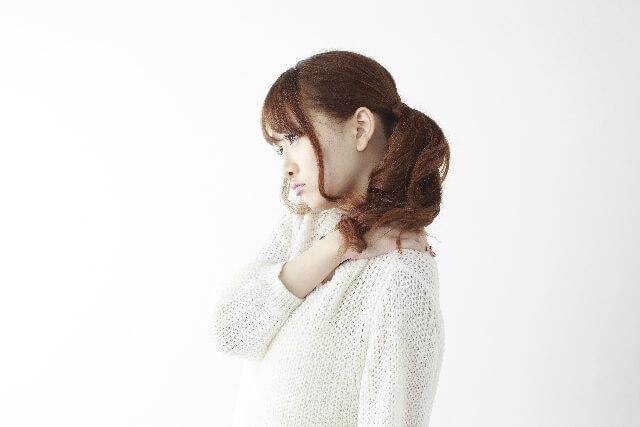 鎖骨が痛い原因は肩こりかリンパか? 骨折や疾患の可能性は?