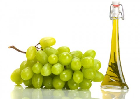 グレープシードオイルの効能 アンチエイジングに効果アリ! 使い方、食べ方も紹介