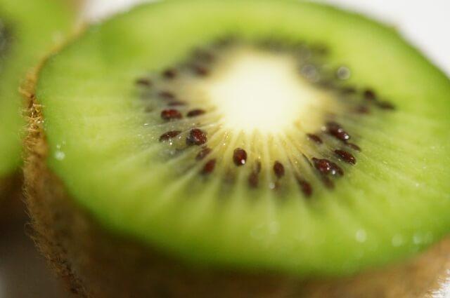 注目フルーツ、キウイの栄養とカロリー、効果とは?