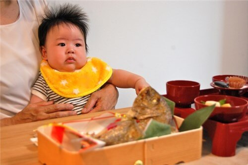 お食い初め、赤ちゃん